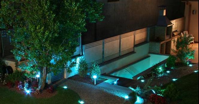 generadores de luz fibras de distinto calibre y la gama de elementos de iluminacin basados en fo apliques puntos de luz orientables barras